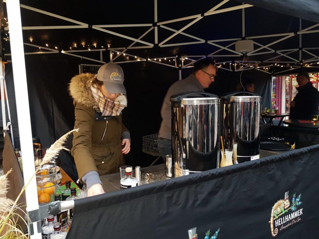 Hellhammer Gin Stand Verkaufsstand Weihnachtsmarkt